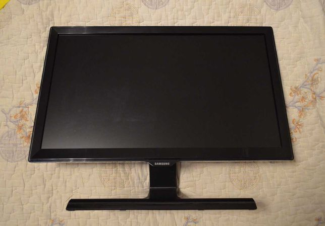 "Mонитор Samsung S22E390H - 22"", HDMI, матрица PLS"