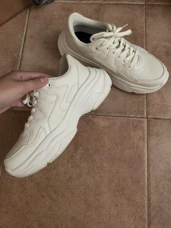 Tenis chunky brancos