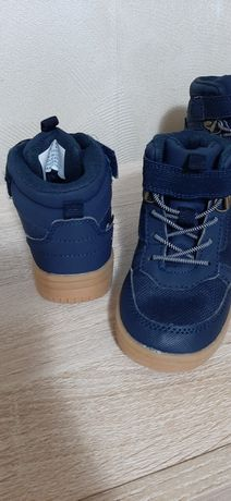 Обувь детская ,осенняя (тёплая)