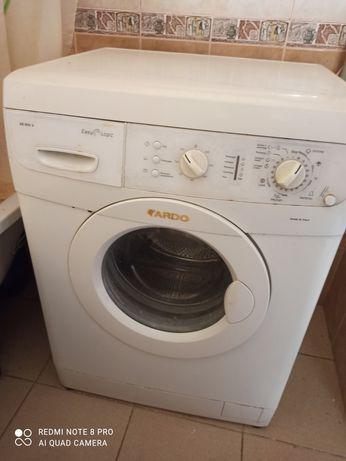 Продам стиральну машинку.