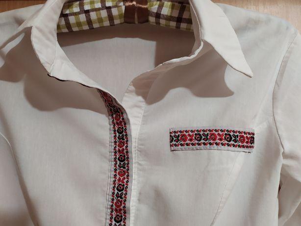Блузка в украинском стиле на 10-12 лет