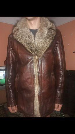 Продам шкіряну зимню курточку