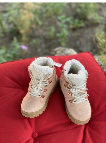 Взуття Н&М