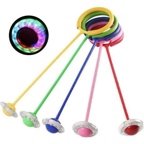 Нейроскакалка светящаяся Скакалка на одну ногу в наличии 5 цветов