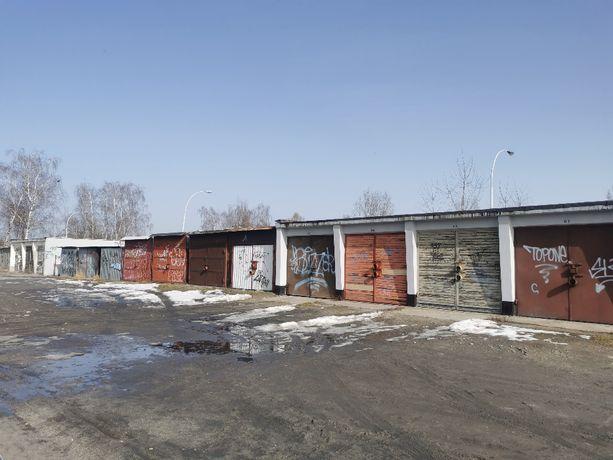 Garaż murowany przy ul. Okulickiego