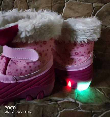 Świecące śniegowce dziewczęce LED, Lupilu rozmiar 30