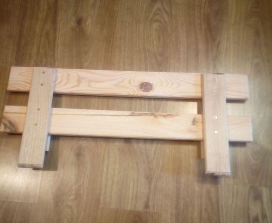 Barierka ochronna zabezpieczająca do łóżka drewniana