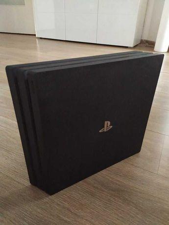 PS4 Pro 1 Tb używane + pad, kabel od zasilania i HDMI