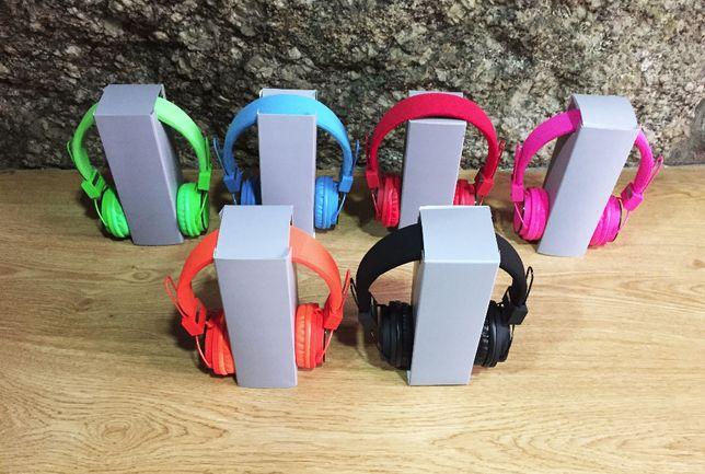 Ascultadores / Headphones Pro - Várias Cores - NOVOS