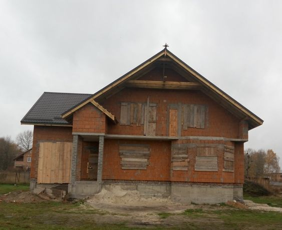 Новозбудований будинок у с.Ременів, 12 км від Львова