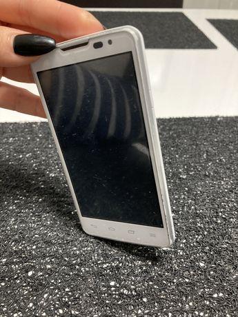 Телефон LG-X135