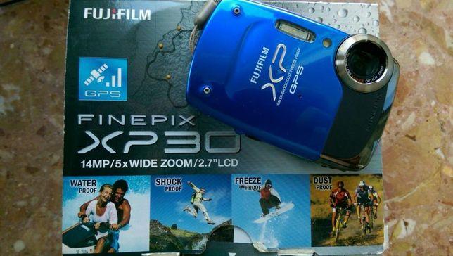Aparat cyfrowy Fuji FinePix XP30 niebieski