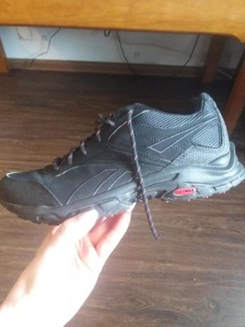 Продам кроссовки Reebok(Рибок)