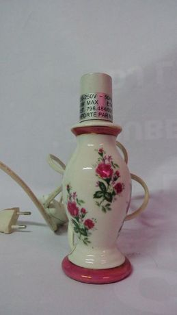 Candeeiro em cerâmica, motivos florais