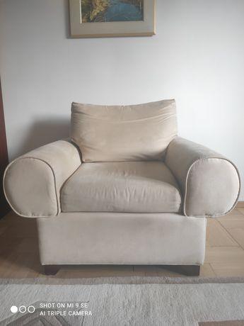 Sprzedam dwa fotele polskiej marki Comforty