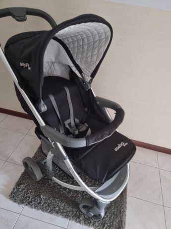 Vendo carrinho de bebê + capa de chuva