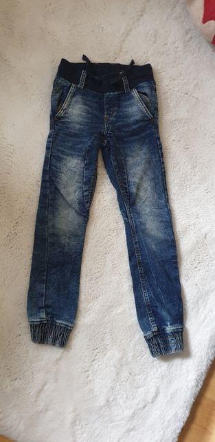 Spodnie jeansowe dziecięce joggery 7-8 lat rozm. 128