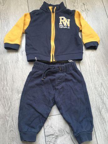 Детский костюм тепленький, размер 68