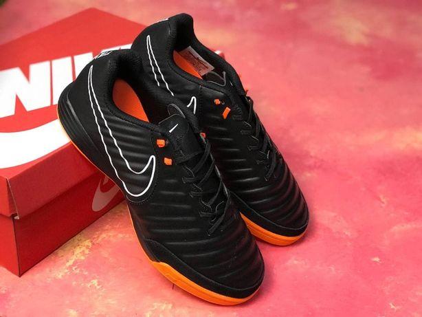 Футзалки,бутсы,сороконожки Nike Tiempo X