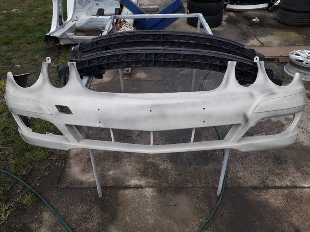 Mercedes E-klasa w211 lift zderzak przód
