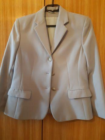 Komplet-żakiet,spodnie,spódnica,bluzka