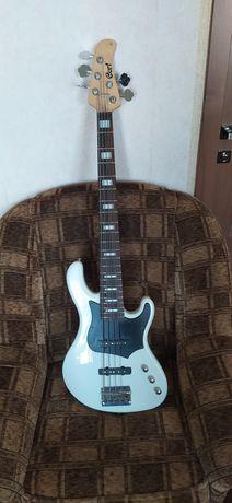 5 струнная бас гитара Cort GB35J