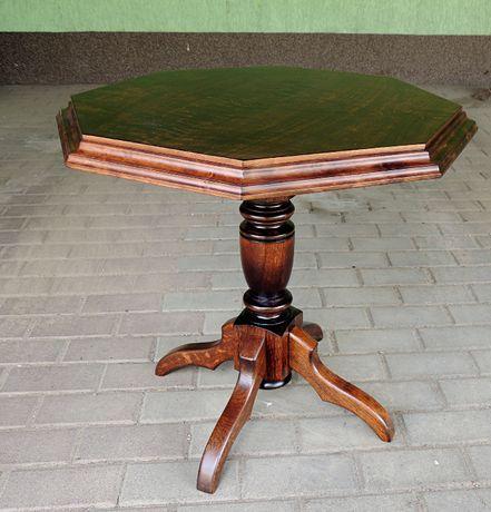 Stolik stylizowany
