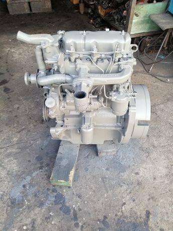 Silnik Ursus C-360 3P, MF-255, 3512 po remoncie kapitalnym
