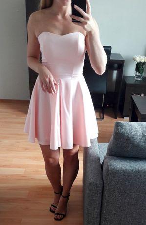 Rozkloszowana sukienka pudrowy róż r. S