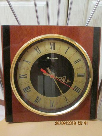 Продам часы настенные механические ЯНТАРЬ (СССР), ходят