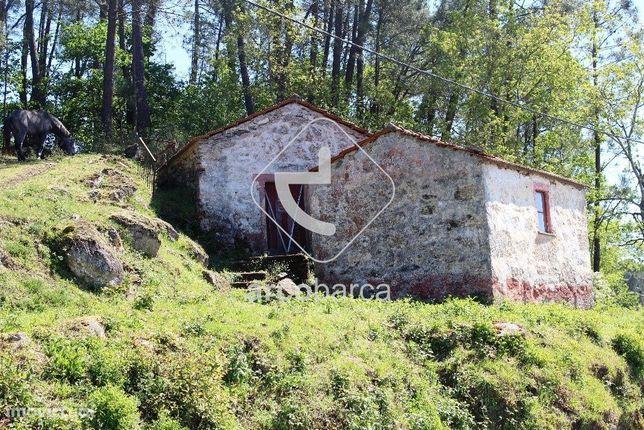 Gondoriz - Vende-se casa rustica para recuperar, com anexo e 4970 m2 d