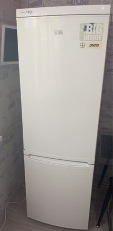 Холодильник Zanussi