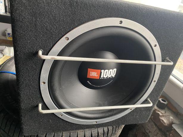 Skrzynia basowa JBL 1000 W