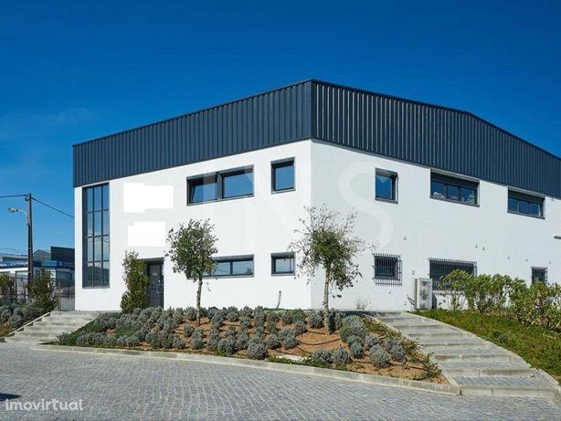 Edifício com 860m² para arrendamento em Alcabideche, para...