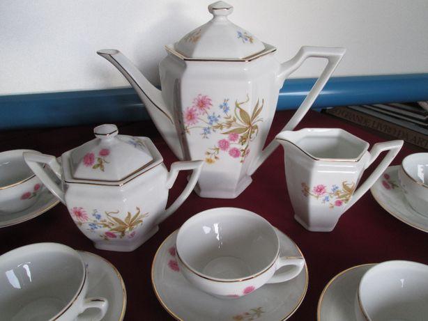 Serviço de chá da Vista Alegre 1947/68 - 12 pessoas