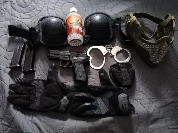 Pistolet ASG Sig Sauer P229 - full metal + dodatki