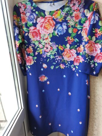 Продам платья в цветах!!!