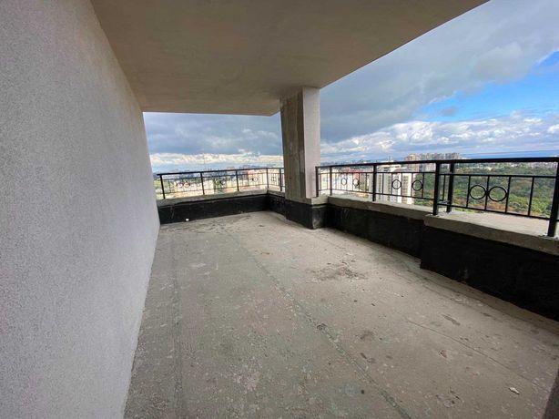 Квартира с террасой. Вид моря и парка. 5 станция Фонтанской дороги.