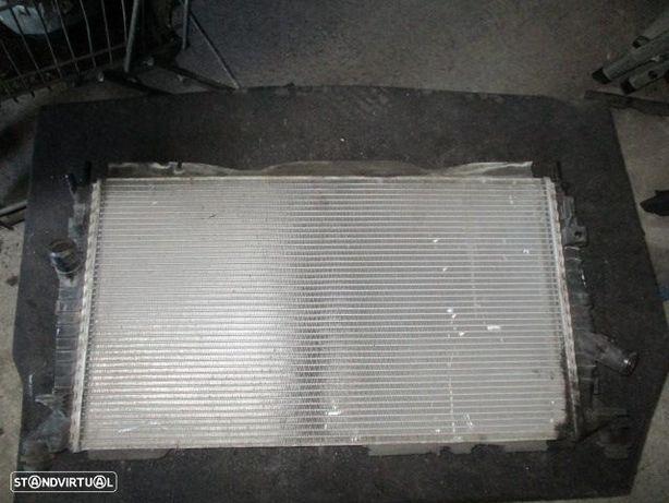 Radiador Agua 3M5H8005TL FORD / FOCUS / 2006 / 1,8TDCI / VOLVO / C30 / 2009 / 1.6D / USADO /