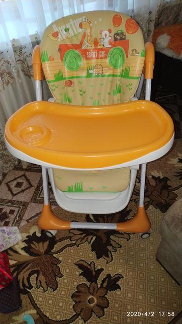 Продам стульчик для кормления Bambi M 3234-5 Оранжевый