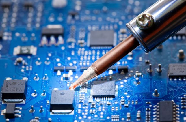 Ремонт і програмування електроніки Tir