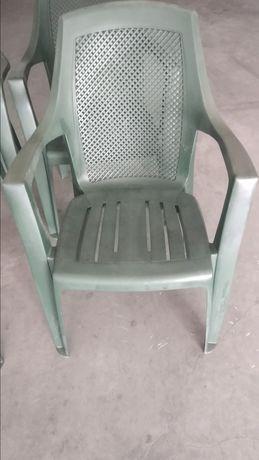 4 Cadeiras verde jardim