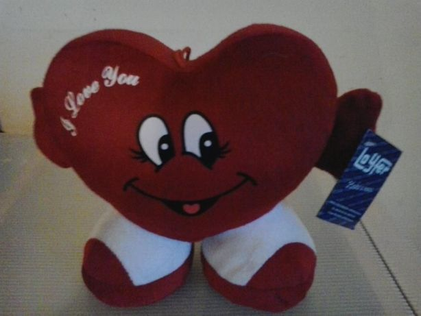 """Boneco """"I Love You"""" - coração vermelho"""