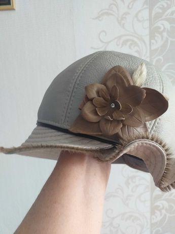 продам осеннюю кожаную шапку на меху