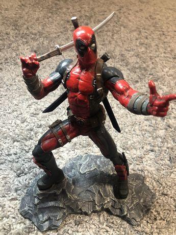 Фигурка Deadpool 26,5см.
