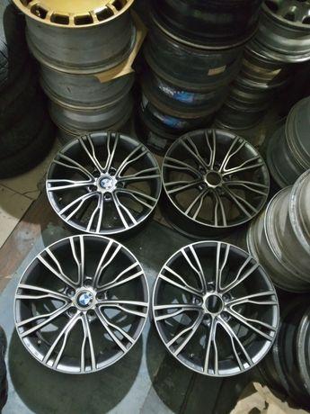 Диски BMW R18 5*120 ET46 Dia 74.1 ширина 8/5J