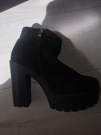 Обувь туфельки