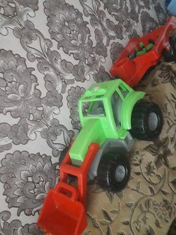 Великий трактор