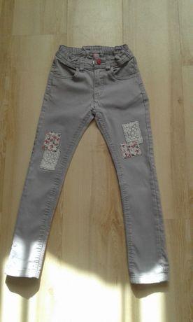 Spodnie jeansowe szare rurki 128 r