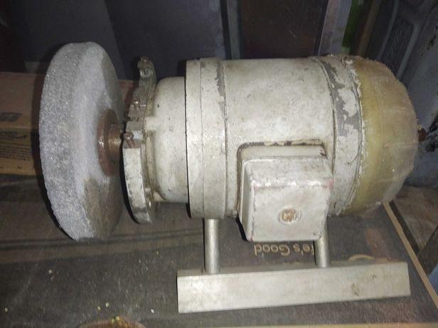 Заточные станки и двигатели  СССР